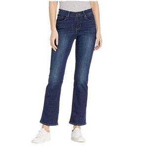 NWT Levi's Size 6 Demi Curve Bootcut Denim Jeans